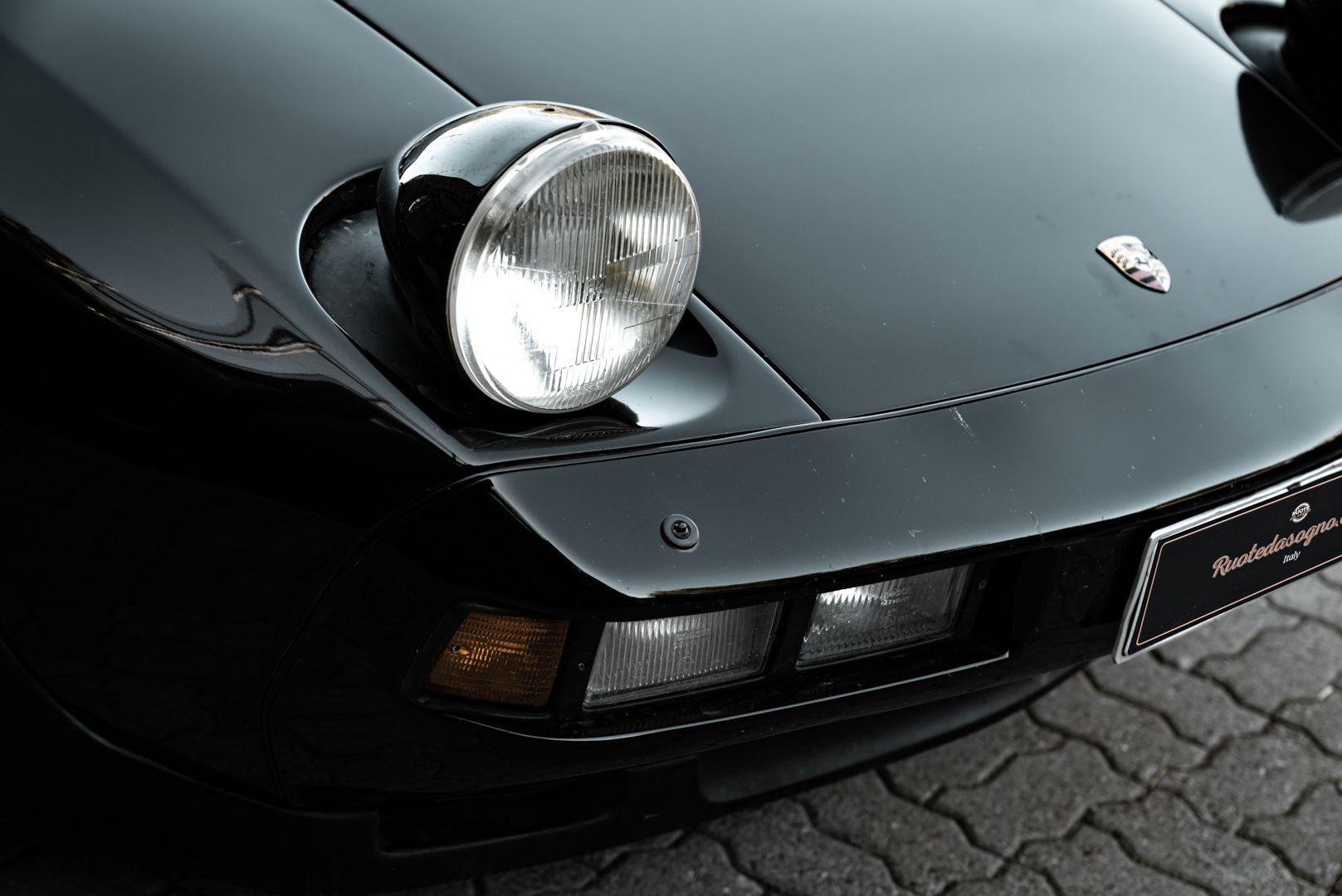 1985 Porsche 928 S 77482