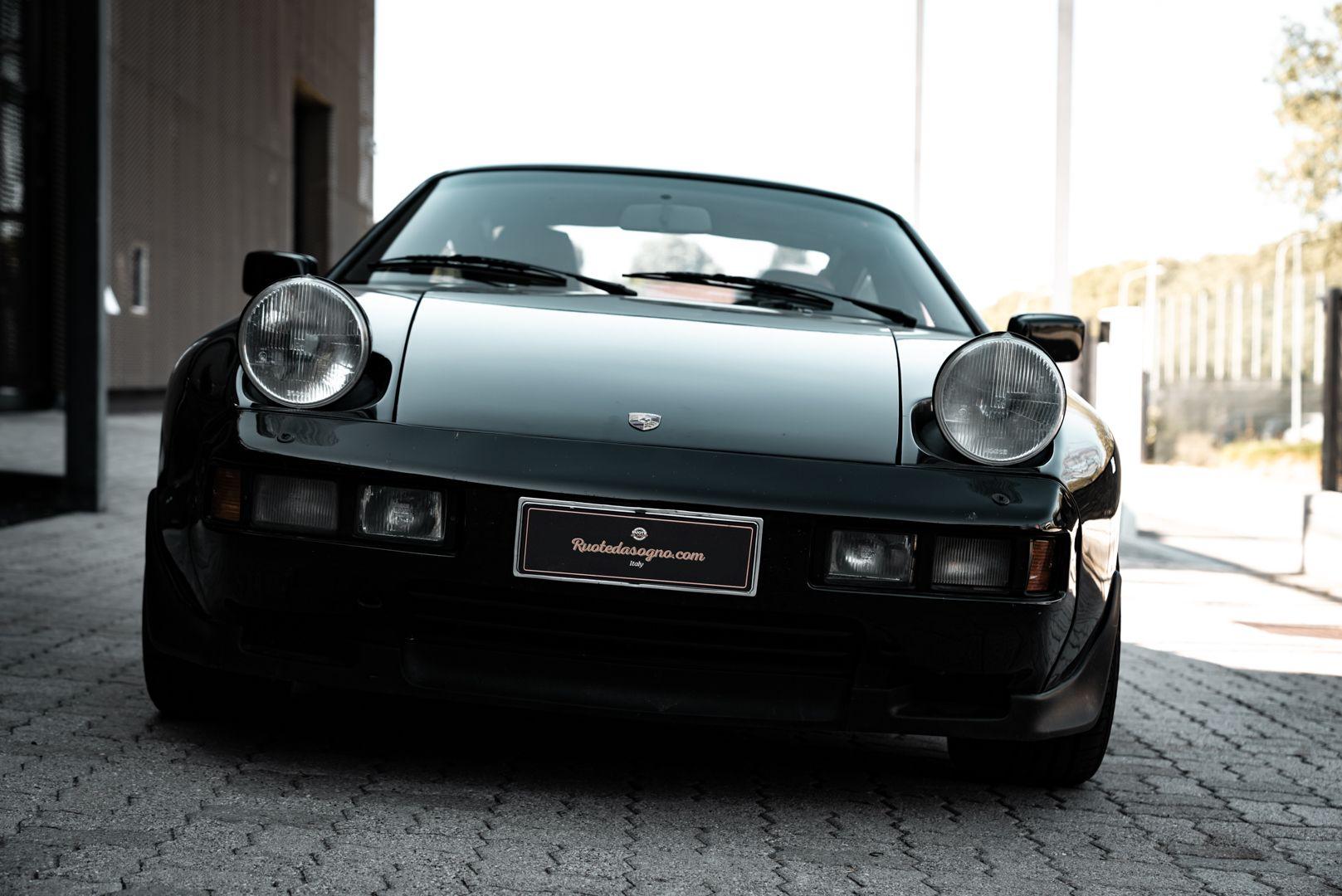 1985 Porsche 928 S 77473
