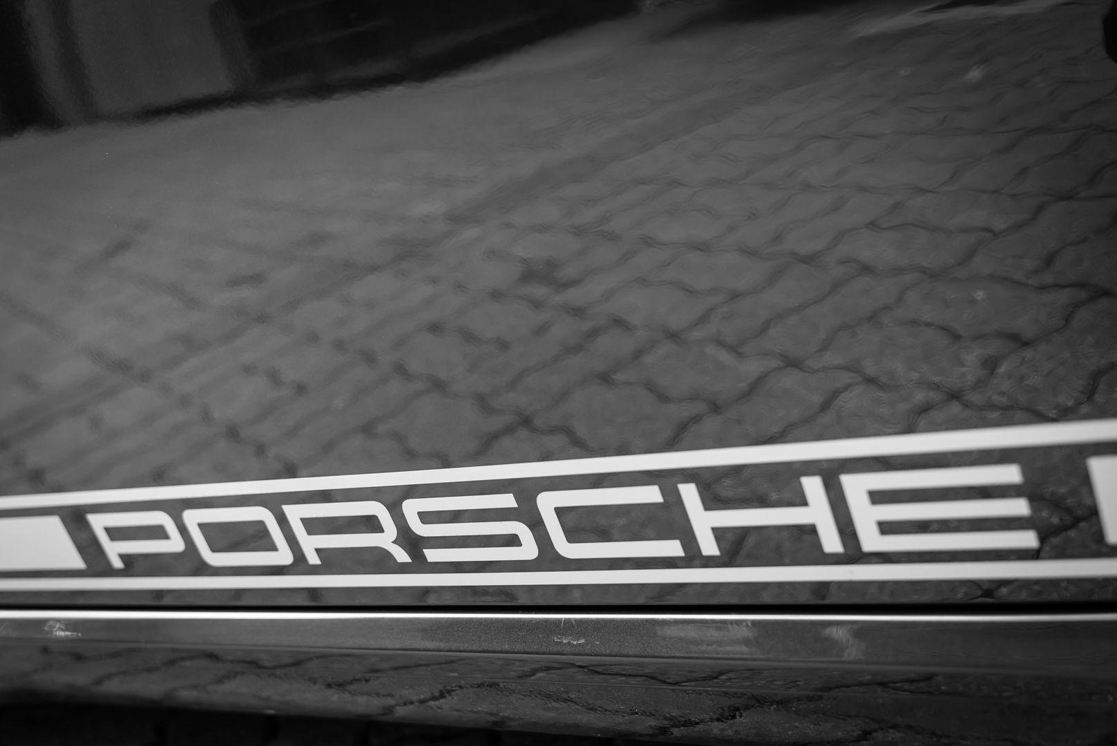 2012 Porsche Cayman R 77953