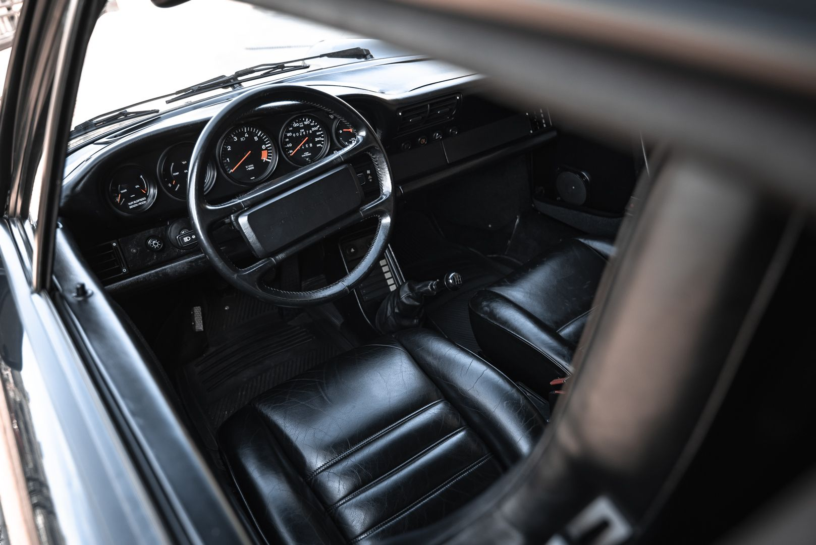 1986 Porsche 911 Carrera 3.2 Cabrio 70911