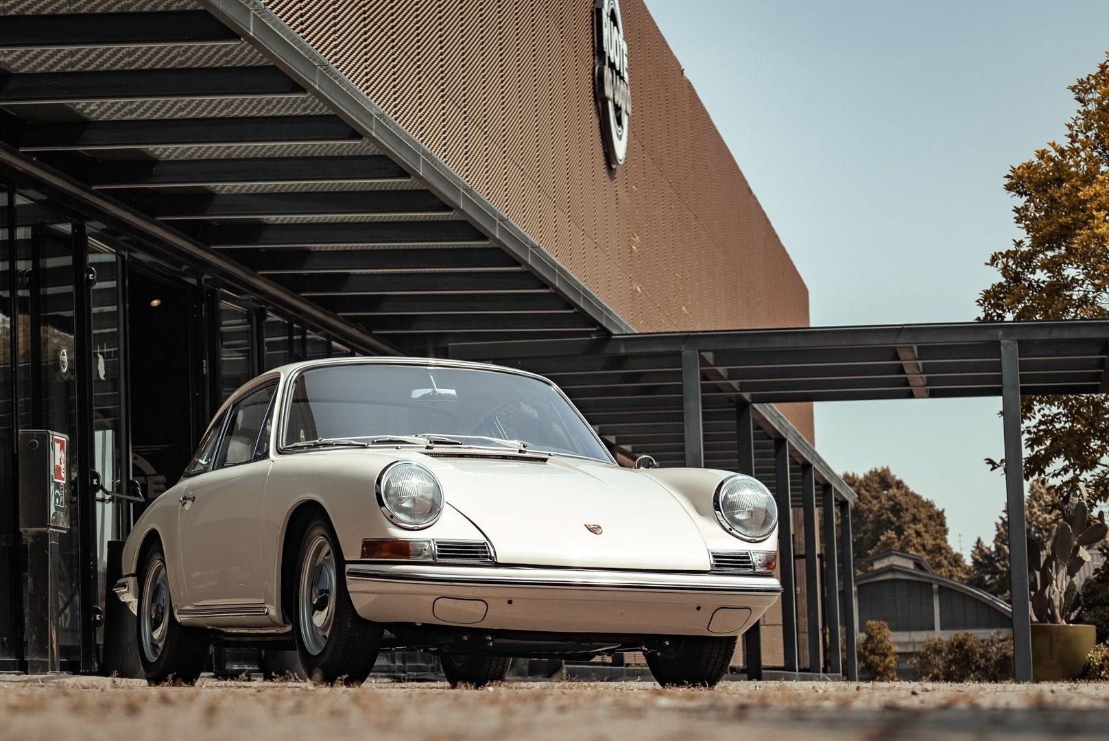 "1966 Porsche 911 2.0 L - S.W.B. ""Serie 0"" 75312"