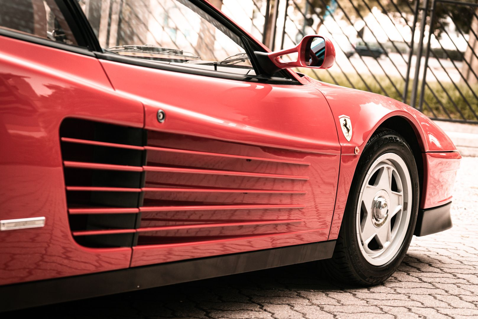 "1987 Ferrari Testarossa ""Monodado Bispecchio"" 76913"