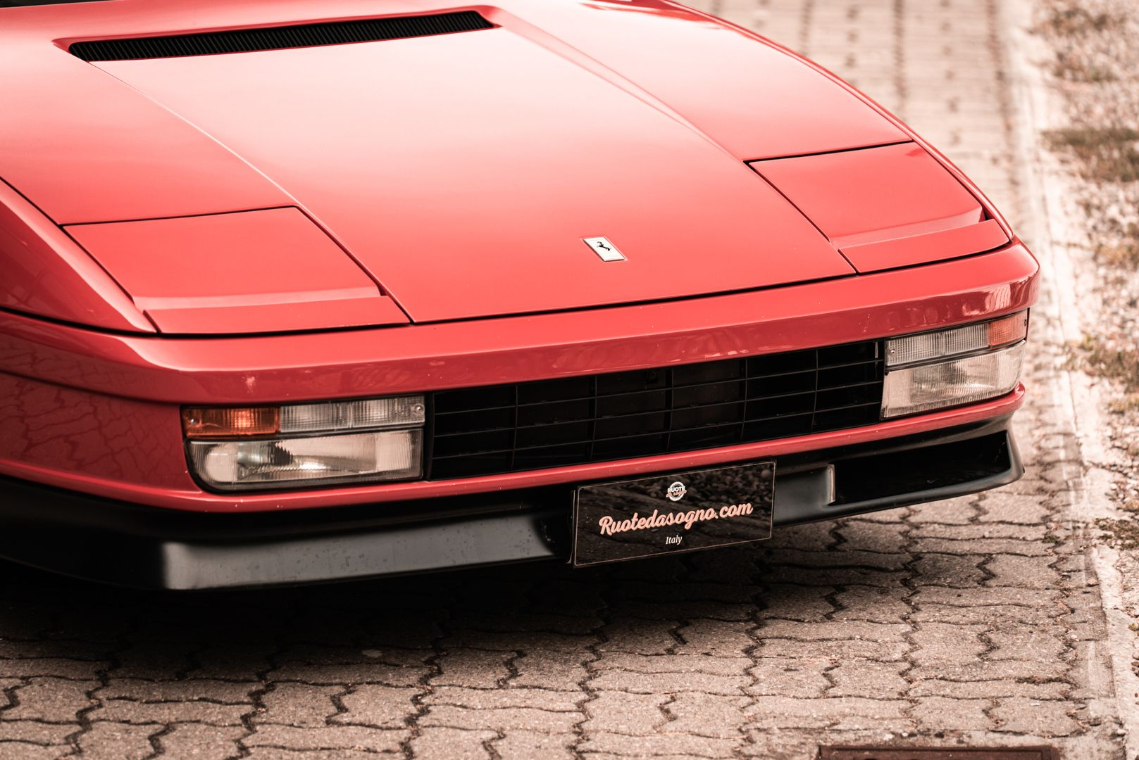 "1987 Ferrari Testarossa ""Monodado Bispecchio"" 76904"