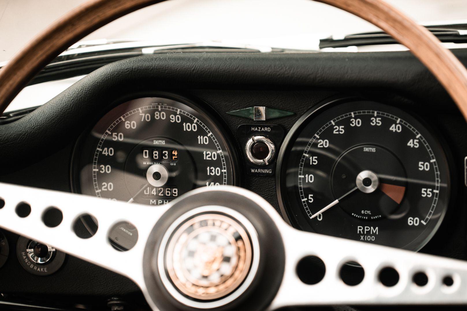 1968 Jaguar E-Type 4.2 Series 1 OTS 77010