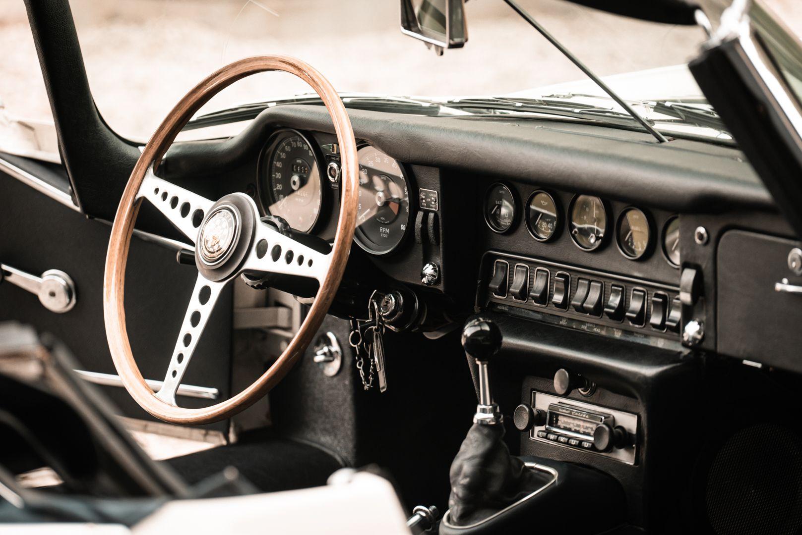 1968 Jaguar E-Type 4.2 Series 1 OTS 77012