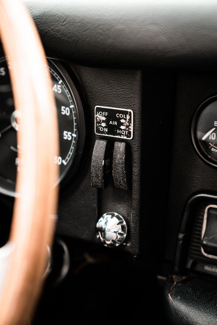 1968 Jaguar E-Type 4.2 Series 1 OTS 77016