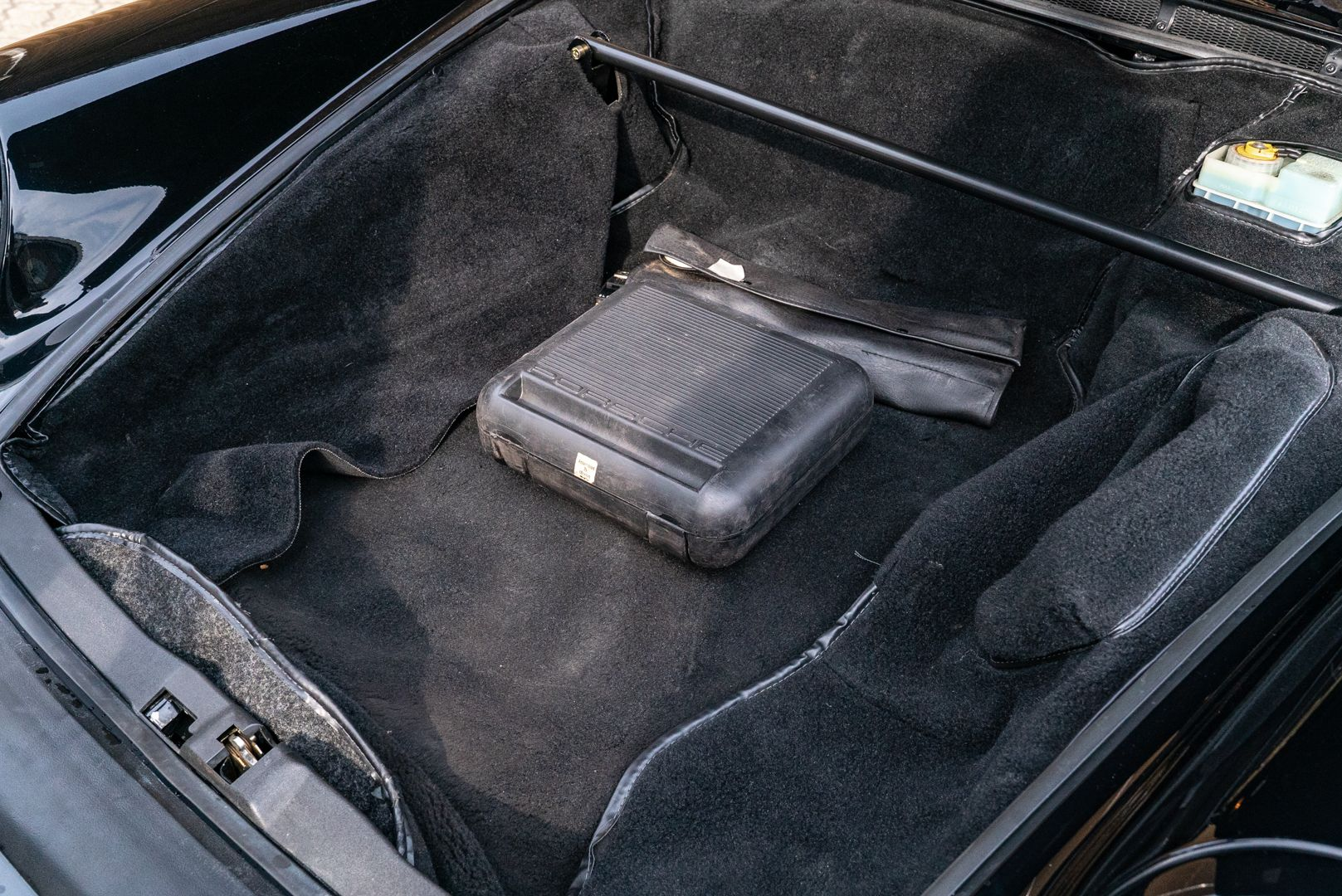 1989 Porsche 911 Speedster Turbo Look 63301