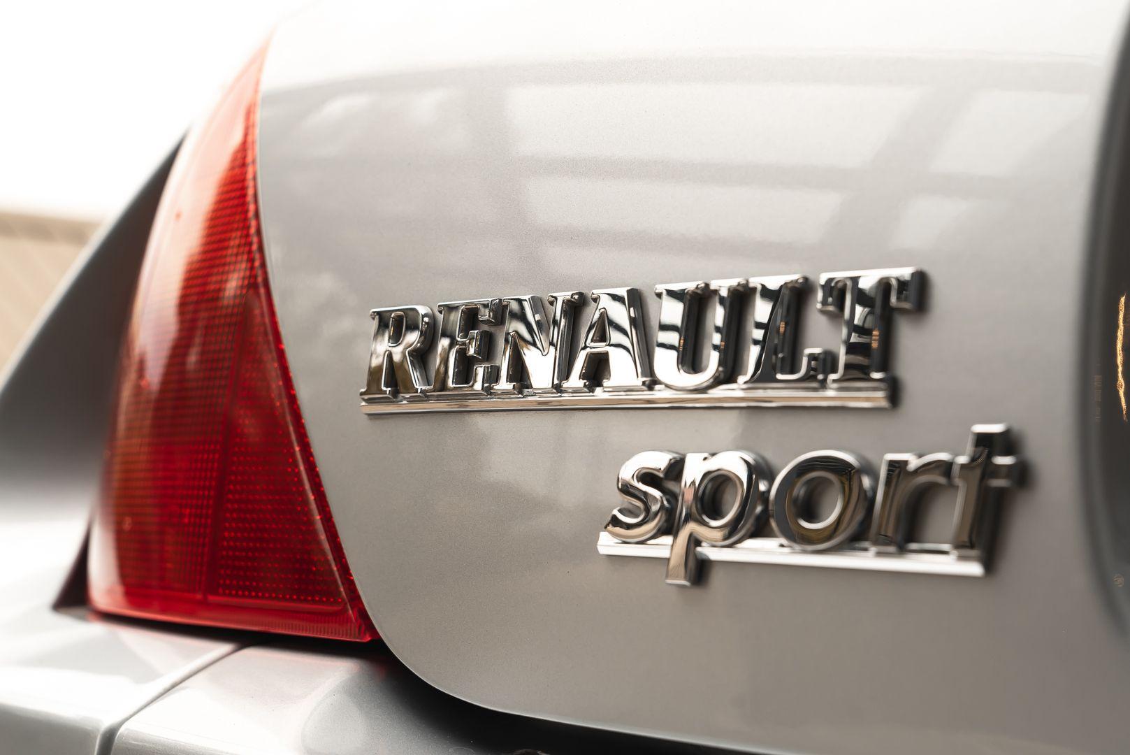 2002 Renault Clio 3.0 V6 Renault Sport Phase1 84937