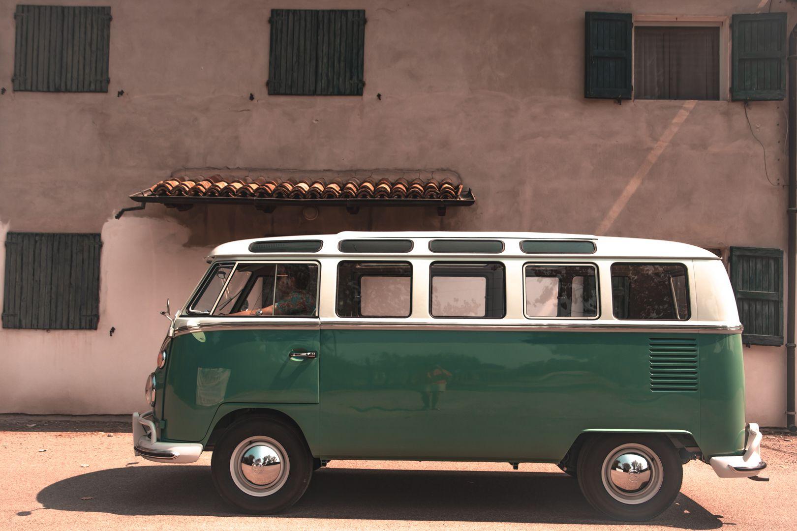 """1964 Volkswagen T1 """"21 windows"""" 64145"""