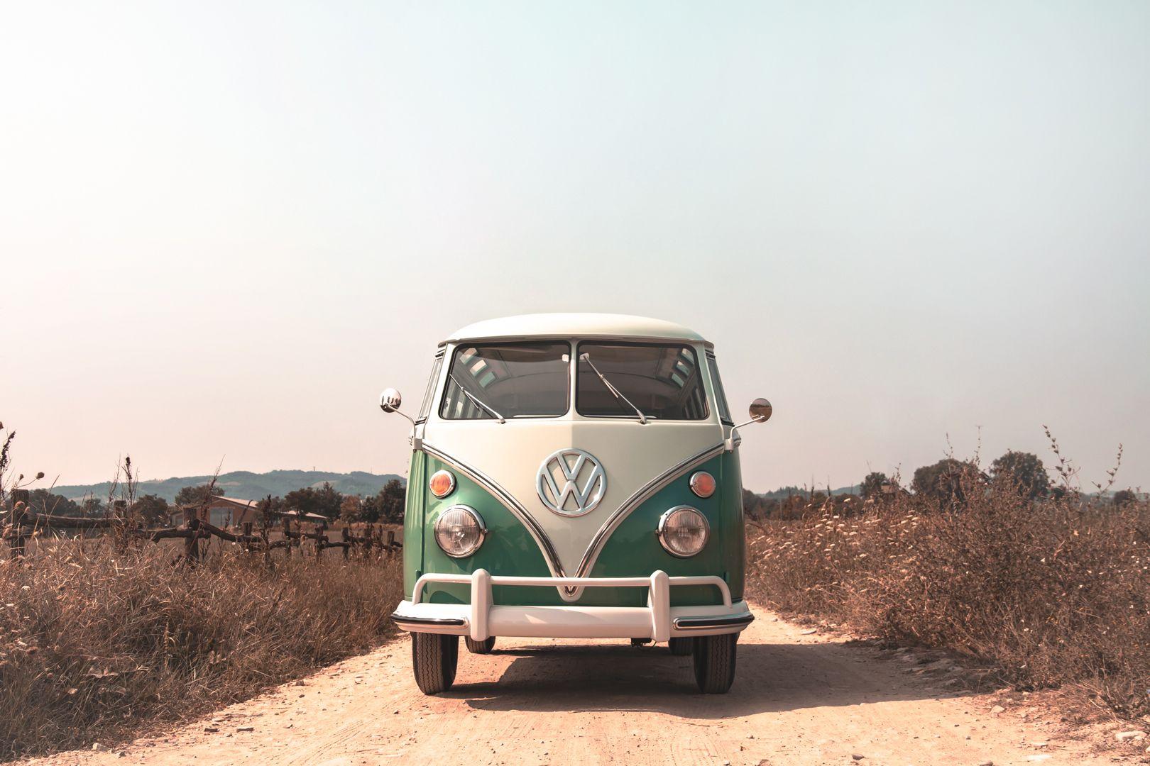 """1964 Volkswagen T1 """"21 windows"""" 64148"""