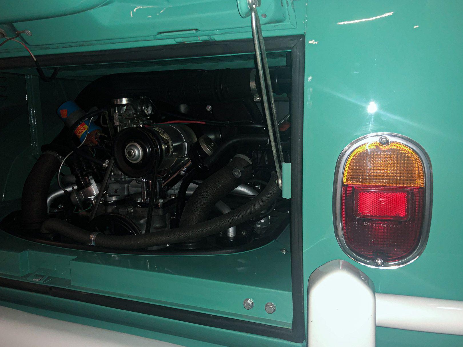 """1964 Volkswagen T1 """"21 windows"""" 64201"""