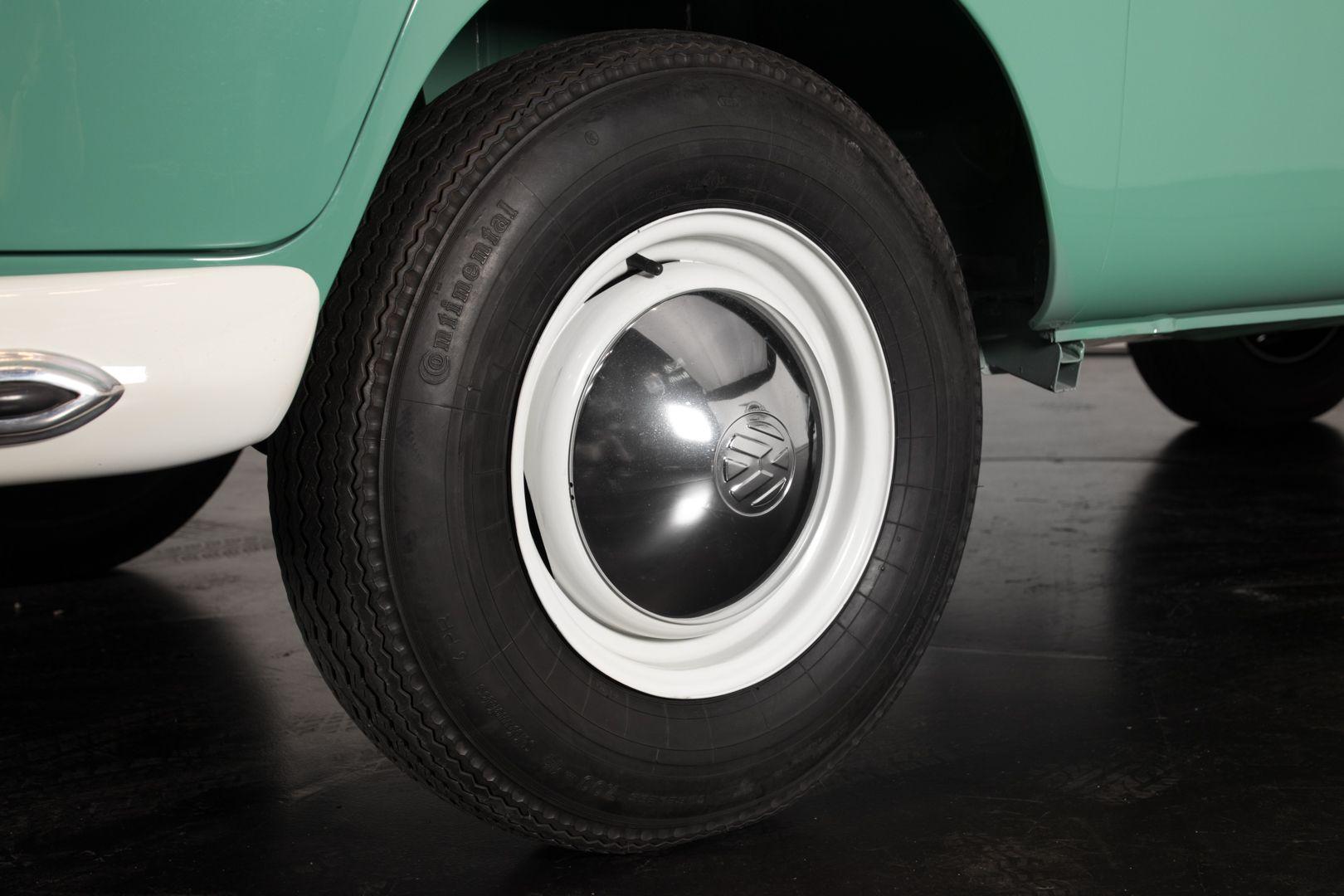 """1964 Volkswagen T1 """"21 windows"""" 64168"""