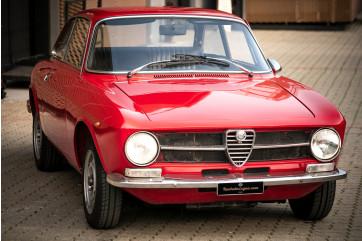 1973 Alfa Romeo GT 1300 Junior