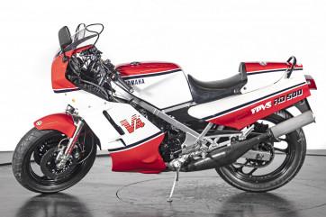 1984 YAMAHA RD 500 V4