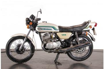 1975 Kawasaki 250