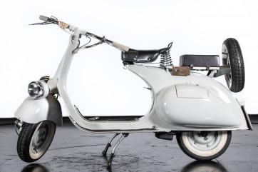 1953 Piaggio Vespa 125 VM1T