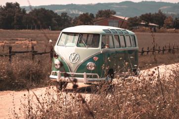 """1964 Volkswagen T1 """"21 windows"""""""