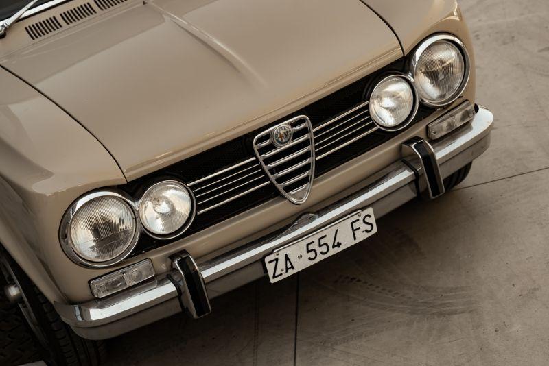 1972 Alfa Romeo Giulia Super 1300 76652