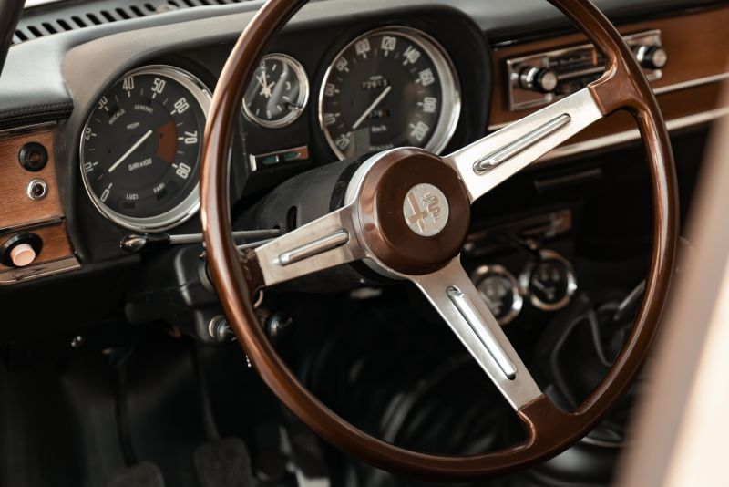 1972 Alfa Romeo Giulia Super 1300 76670