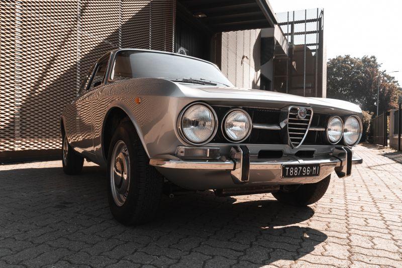 1974 Alfa Romeo GT Veloce 1750 83198