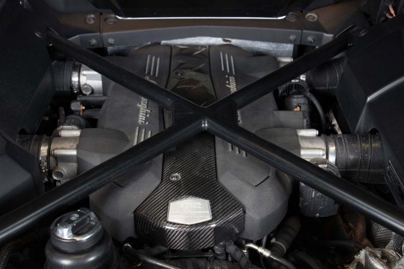 2014 Lamborghini Aventador Roadster  3816