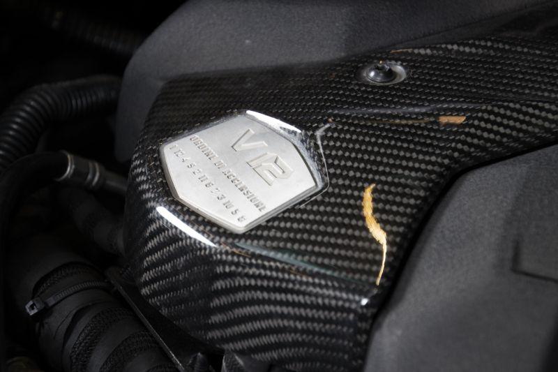 2014 Lamborghini Aventador Roadster  3817