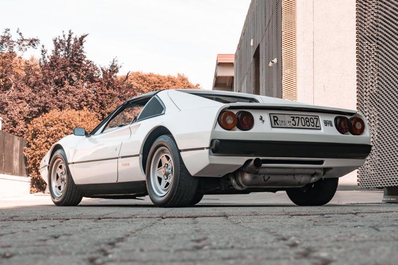 1982 Ferrari 208 GTS Carburatori 75999