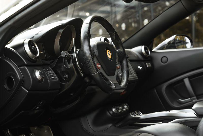 2010 Ferrari California 4.3 DCT 83025