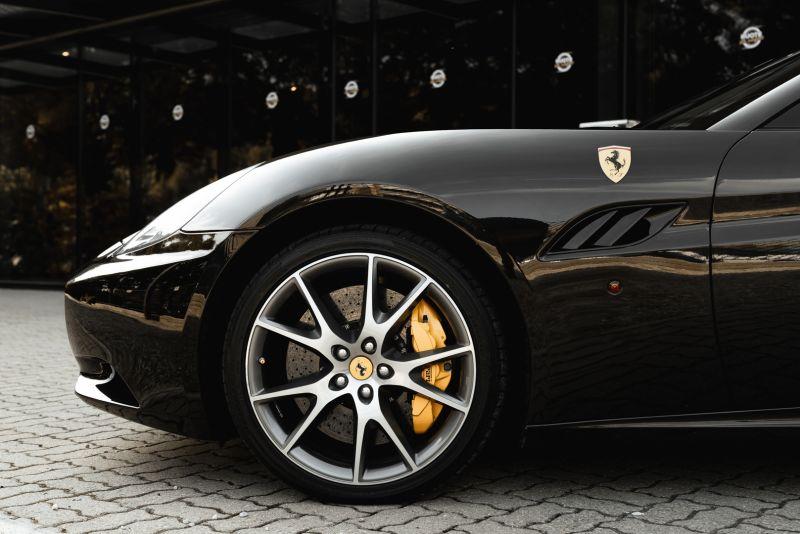 2010 Ferrari California 4.3 DCT 83009