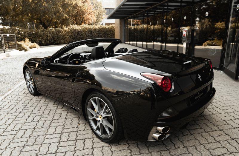 2010 Ferrari California 4.3 DCT 83003