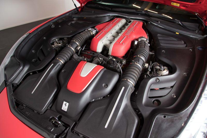 2014 Ferrari FF 3786