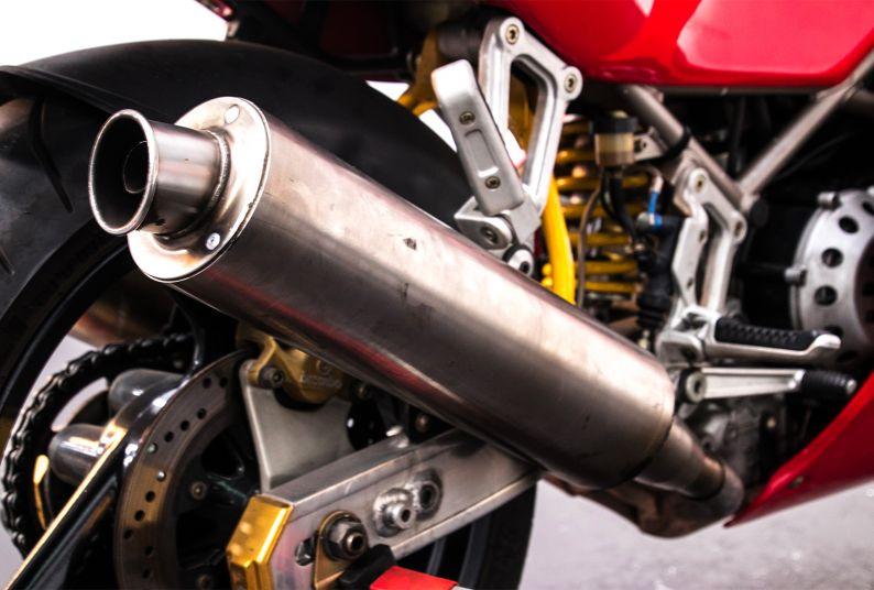 1993 Ducati Superbike 888 Desmoquattro 17915