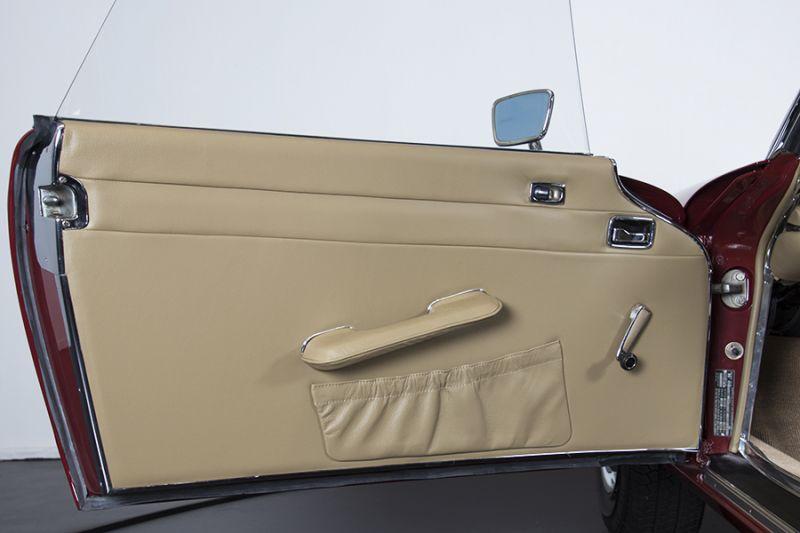 1985 Mercedes-Benz 280 SL 15450
