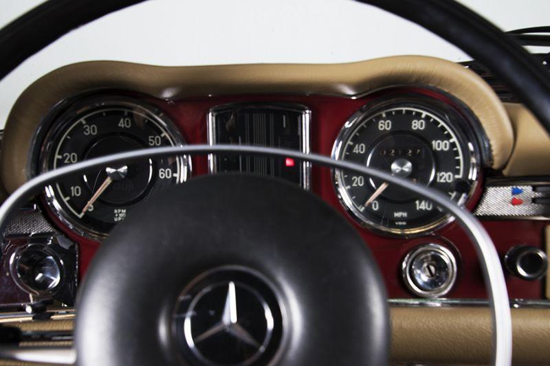 1985 Mercedes-Benz 280 SL 15452