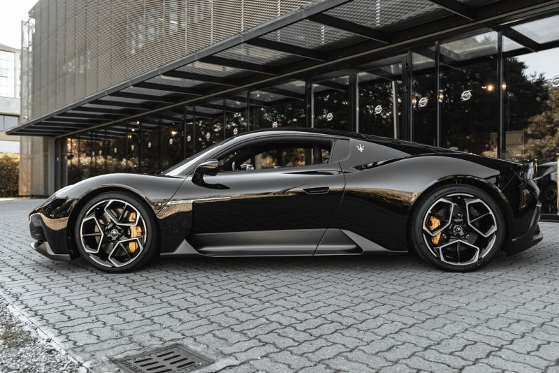2021 Maserati MC20 84408