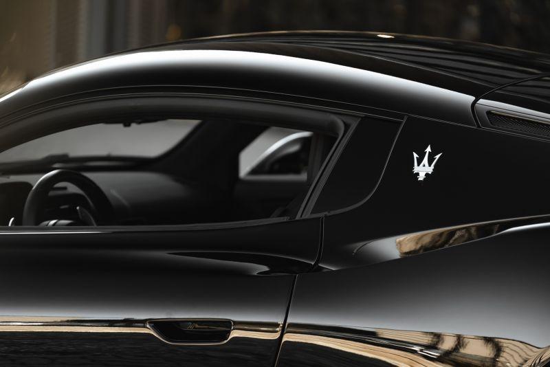 2021 Maserati MC20 84400