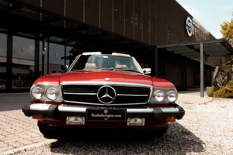 1985 Mercedes-Benz SL 560 73633