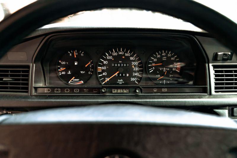 1985 Mercedes-Benz 190E 2.3-16 71358