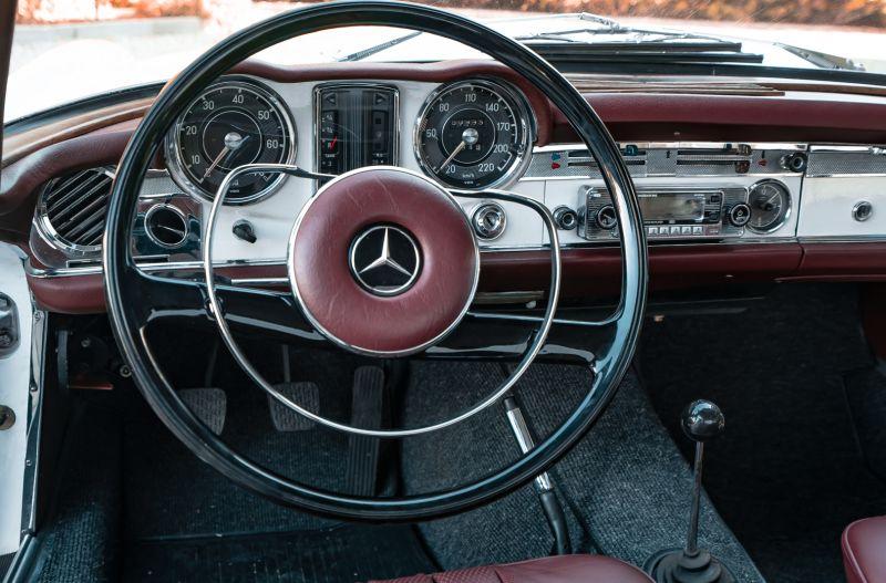 1966 Mercedes Benz SL230 Pagoda 75872