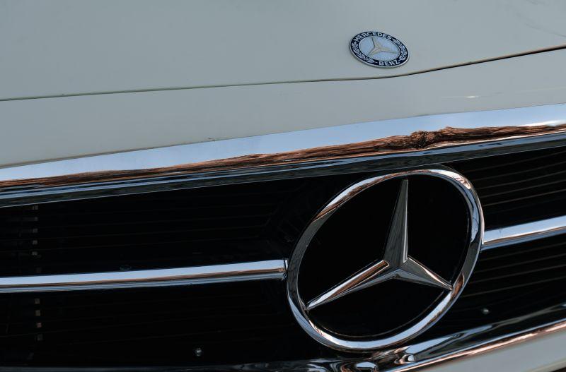 1966 Mercedes Benz SL230 Pagoda 75859