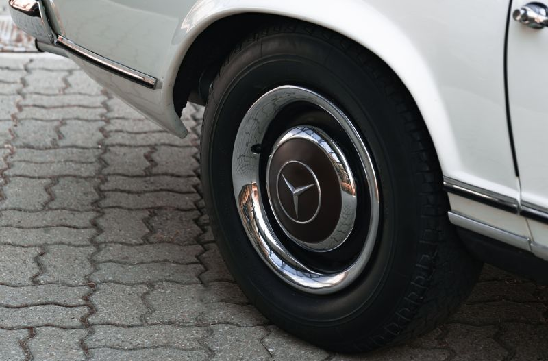1966 Mercedes Benz SL230 Pagoda 75861