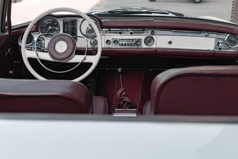 1965 Mercedes-Benz SL230 Pagoda 78545