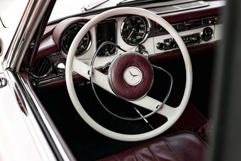 1965 Mercedes-Benz SL230 Pagoda 78531