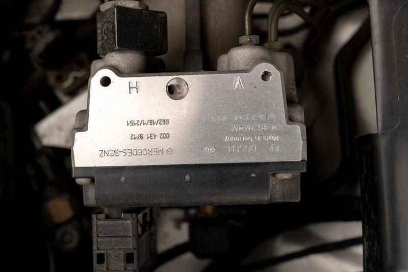 1996 Mercedes-Benz 320 SL 85120