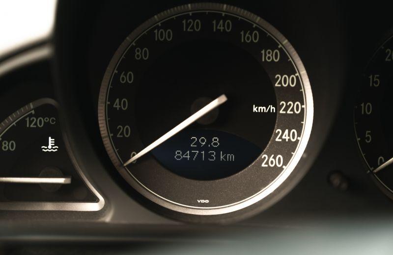 2002 Mercedes-Benz SL500 84178