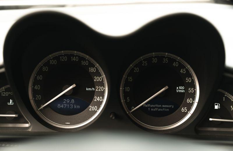 2002 Mercedes-Benz SL500 84177