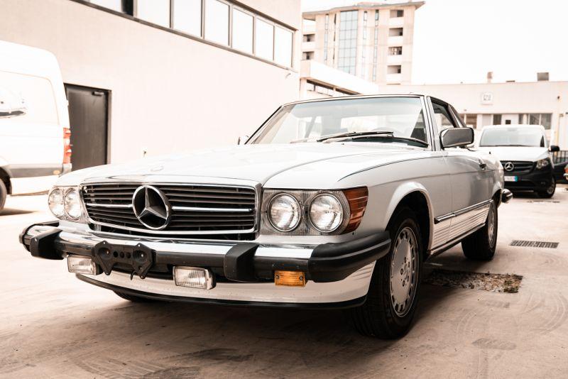 1985 Mercedes-Benz SL 560 77038
