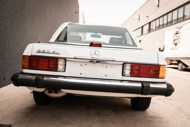 1985 Mercedes-Benz SL 560 77042