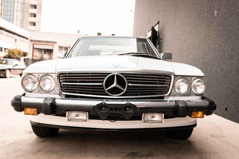 1985 Mercedes-Benz SL 560 77039