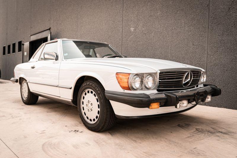 1985 Mercedes-Benz SL 560 77036
